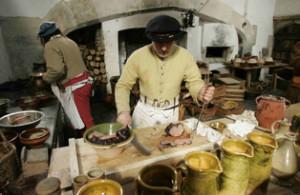 Демонстрация приготовления еду по рецептам 16-го века во дворце Хэмптон Корт